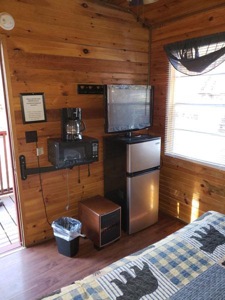 Alpine Hideaway Campground - Cabin 1 Appliances