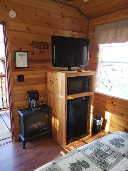 Alpine Hideaway Campground - Cabin 3 Appliances