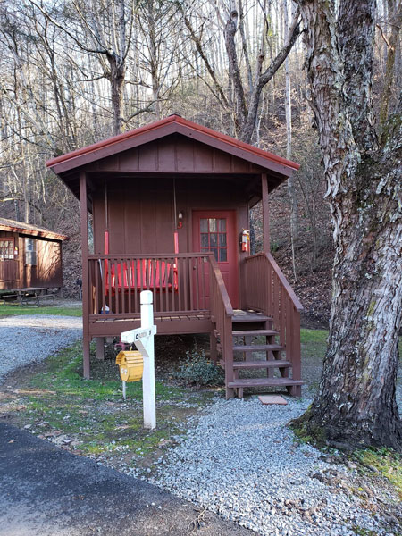 Alpine Hideaway Campground - Cabin 3 Exterior