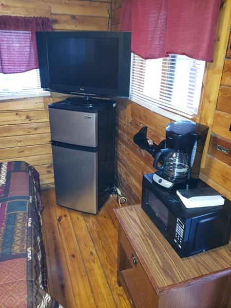 Alpine Hideaway Campground - Cabin 78 Appliances