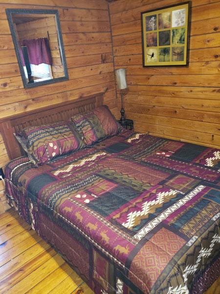 Alpine Hideaway Campground - Cabin 78 Bedroom