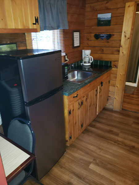 Alpine Hideaway Campground - Cabin 80 Kitchen